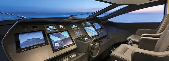 Pershing 108 Ft jacht